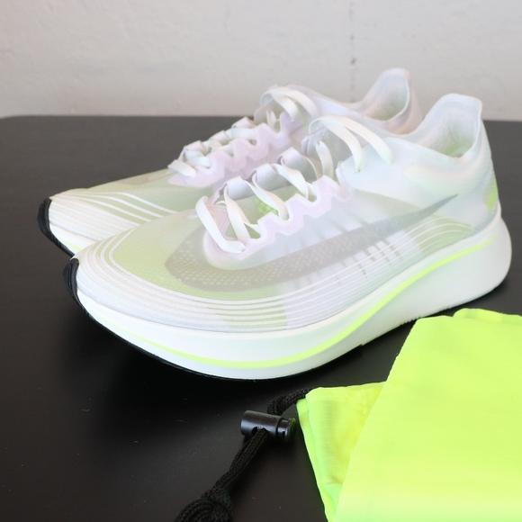 e20ee01e8809 Nike Zoom Fly SP Women s Volt Glow AJ8229-107